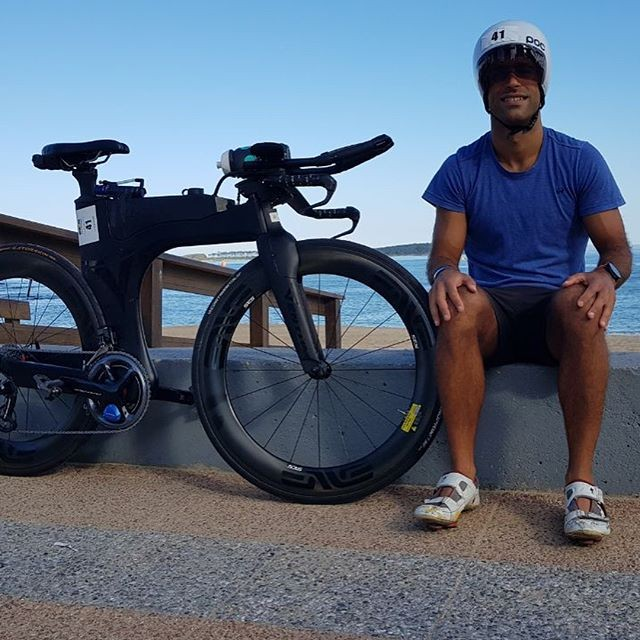 I am 33 years old I am Argentine